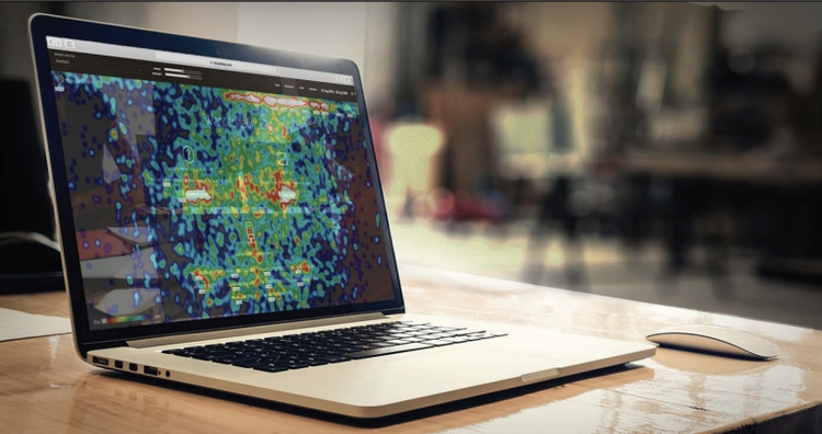 laptop computer with a mouseflow heatmap on the screen